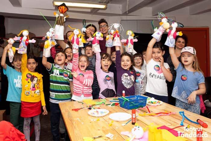 ȚĂNDĂRICĂ ALTFEL– Atelier. Jocuri teatrale și construcție de marionete.