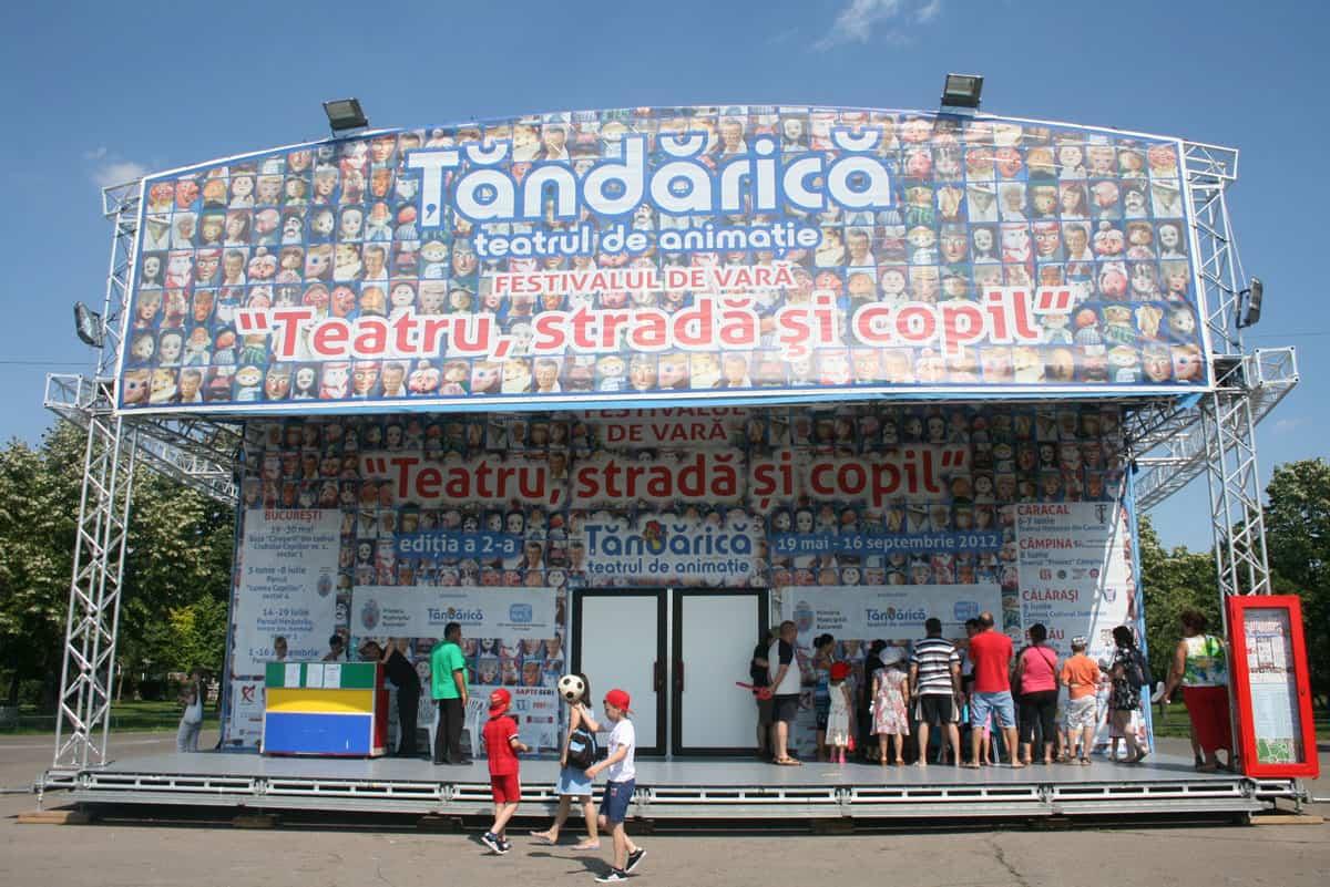 Teatrul Itinerant Tandarica 8