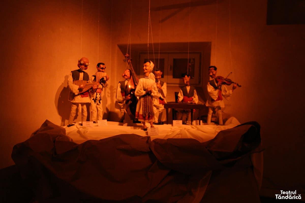 expozitia de la tolosa teatrul tandarica 13