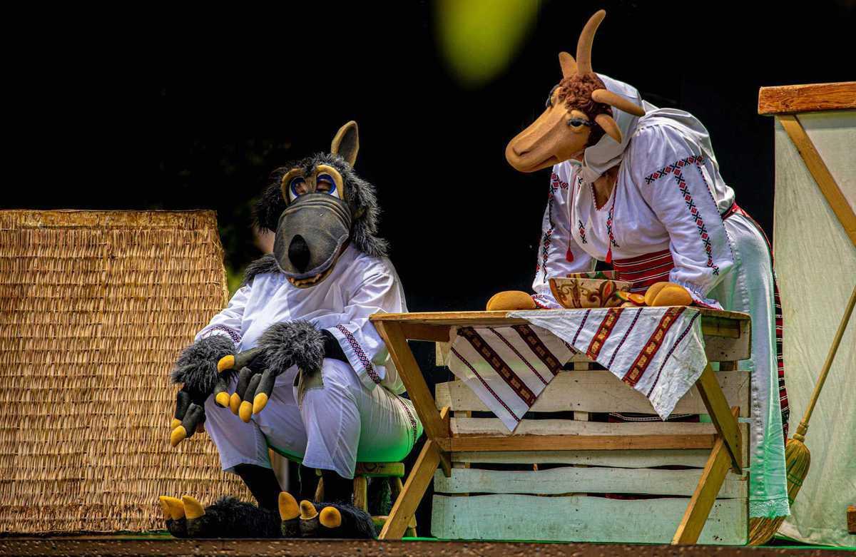 Capre-cu-trei-iezi_Festivalului-Bucureștii-lui-Caragiale_9